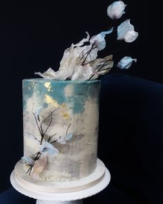 Turquoise and grey textures with ethereal wafer flowers and good leaf Creative Wedding Cakes, Beautiful Wedding Cakes, Wedding Cake Designs, Beautiful Cakes, Luxury Cake, Cake Flavors, Sugar Flowers, Ethereal, Compliments