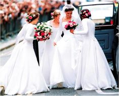 The Royal Order of Sartorial Splendor: Readers' Top 10 Wedding Gowns: #9. Lady Sarah Chatto