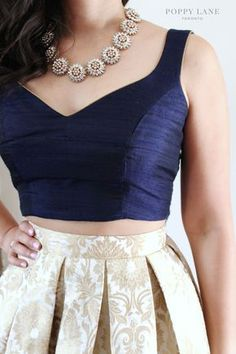Beautiful neck-piece :) - ladies black shirts and blouses, blue white blouse, white womens tops blouses *ad Choli Designs, Sari Blouse Designs, Fancy Blouse Designs, Lehenga Designs, Dress Indian Style, Indian Wear, Bride Indian, Lehenga Blouse, Sabyasachi Lehengas
