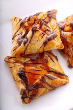 apricot-pastry-with-an-apricot-glaze-drizzled-with-chocolate.yummy