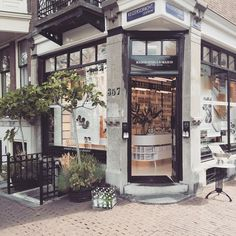 Marie Stella Maris Amsterdam Shop Petite Passport