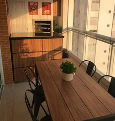 45 Convenient Balcony Kitchen Ideas - Unique Balcony & Garden Decoration and Easy DIY Ideas Balcony Bench, Balcony Table And Chairs, Balcony Ideas, Balcony Garden, Patio Images, Interior Balcony, Kitchen Benches, Apartment Balconies, Small Dining