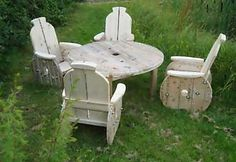 The Art of Up-Cycling: DIY Outdoor Furniture Ideas, Upcycled Out Door Furniture … - Upcycled Furniture Ideas Homemade Outdoor Furniture, Diy Garden Furniture, Upcycled Furniture, Pallet Furniture, Outdoor Furniture Sets, Outdoor Decor, Furniture Ideas, Outdoor Dining, Lawn Furniture