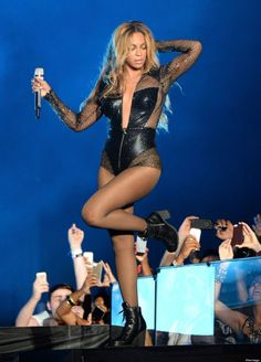 Beyonce's On The Run Tour Outfits Are Fierce, Obviously (PHOTOS)