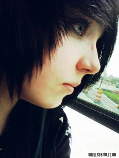 Erin Robinson Emo Hairstyles For Guys, Erin Robinson, Emo Scene, Guys And Girls, Hair Colors, Hair Styles, Beautiful, Fashion, Hair Plait Styles
