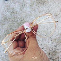 - Super Glasses Frames Trendy Eyeglasses Ideas – Super Glasses Frames Trendy Eyeglasses Id - Super Glasses, New Glasses, Round Lens Sunglasses, Cute Sunglasses, Sunglasses Women, Sunnies, Glasses Frames Trendy