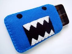Felt mobile phone cover, brown domo for Ben!!