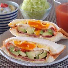 いいね!116件、コメント2件 ― 酵母くんさん(@ks.daidokoro)のInstagramアカウント: 「 2018.01.27 * Sandwiches > Avocado and Egg * アボカドと卵のホットサンド * #レシピ #アボカドたまご #ホットサンド *」