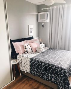 Furnish Your Home In Style With These Furniture Secrets. Buying furniture for your home can be loads of fun or a nightmare. Small Room Bedroom, Home Bedroom, Girls Bedroom, Bedroom Decor, Bedrooms, Cute Room Decor, Dream Home Design, Dream Rooms, New Room