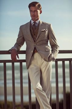 Menswear Crush: Hackett London S/S 2011 Gentleman Mode, Gentleman Style, Sharp Dressed Man, Well Dressed Men, Preppy Style, My Style, Classic Style, Curvy Style, Moda Do Momento