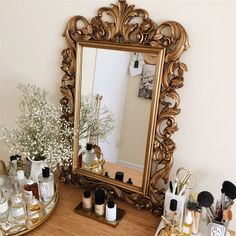 Antique Vintage Decor Wonderful new interiors: the antique mirror The post new interiors: the antique mirror… appeared first on Cazoz Diy Home Decor . - new interiors: the antique mirror