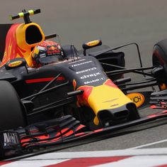 """FORMULA 1, Shanghai, China, """"Not our day. We were having engine related issues. Hoping for some better luck and rain tomorrow. I will give it my all and try to overtake as many as I can"""", pinned by Ton van der Veer"""