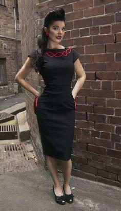 black-wiggle-dress-front-1.jpg (1504×2632)