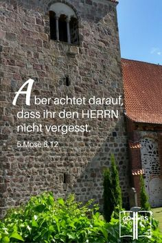 """Heutzutage ist es nicht mehr """"cool"""" irgend einen Anhang mit der Kirche zu haben sei denn für ne Hochzeit, Taufe oder Beerdigung. http://www.gottes-wort.com/jugend-ohne-gott.html"""
