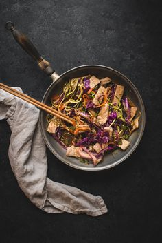 A spin on the traditional street noodle dish, Yakisoba, made with zucchini noodles and red cabbage. Healthy Japanese Recipes, Japanese Food, Cabbage Rice, Spiralizer Recipes, Zucchini Noodles, Rice Vinegar, Fresh Ginger, Spaghetti Squash, Whole Food Recipes