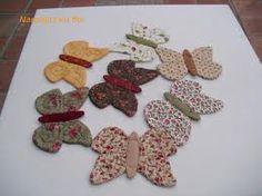 simpaticas mariposas ideales para colgarlas con una cuerda de jardines,lamparas,cuartos infantiles o transformarlas en broches para bolsos   y ropa. ¡chulisimas!