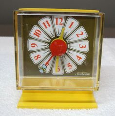 Vintage Retro Sunbeam Yellow Daisy Alarm Clock Bee Second Hand Working! T16 | Collectibles, Clocks, Modern (1970-Now) | eBay!