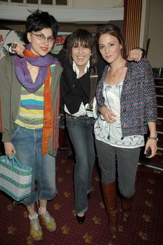 Chrissie Hynde & her daughters