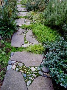 Love this! Stone Mosaic / garden path. The to conn...