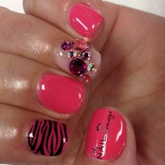 Pink studs gel nail art @the_nail _lounge_miramar
