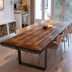 Ålesund table of recycled wood