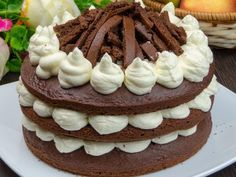 """Tort """"Whoopi Pai"""" – un deliciu mai presus de cuvinte! Dessert Shots, Nutella, Ale, Biscuits, Cheesecake, Food And Drink, Birthday Cake, Cooking, Sweet"""