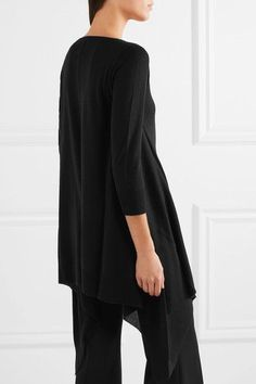 Black silk and cashmere-blend  Slips on 55% silk, 45% cashmere Hand wash  Imported