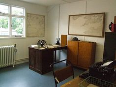 Alan Turing's office in Hut 6 at Bletchley Park. Note the renowned mug chained to the radiator!   See also www.flickr.com/photos/briannegus/sets/72157601512721153/ Enigma Machine, Bletchley Park, Alan Turing, Folktale, Prop Design, Pearl Harbor, Room Interior, Ww2, Ephemera
