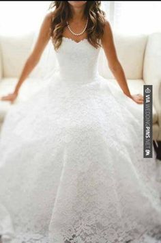Lace lace lace I love the corporation of the lace and the ball gown !MY DREAM DRESSS
