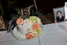 Wedding Blog, Destination Wedding, Dream Wedding, White Roses, Wedding Cakes, Peach, Desserts, Food, Wedding Gown Cakes