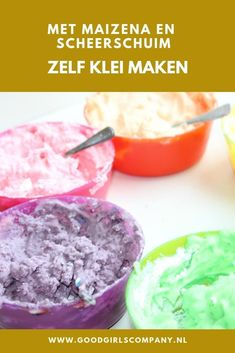 Making clay from cornflour and shaving cream is not that difficult at all.- Making clay from cornflour and shaving cream is not that difficult at all. With this recipe you can make budget-friendly clay in a jiffy for hours of fun. Diy Galaxy Slime, Diy Slime, How To Make Clay, How To Make Slime, Homemade Slime, Homemade Soap Recipes, Diy Tumblr, Diy Crafts To Do, Upcycled Crafts