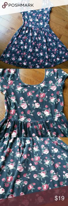 Vintage 90s looking medium floral fit and flare This is not old but made to have that 90s faded floral grunge look. Medium stretchy. Worn maybe 2 times. Cute but short on me. Cotton spandex mix. You will love this???? perfect for summer or any season w leggings vintage  Dresses