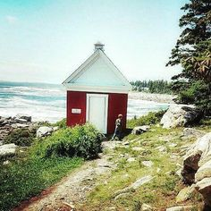 Maine travel with family means lighthouses, Spend your vacation at Sadler House in Rockland and you'll be within driving distance of Pemaquid and other iconic spots.