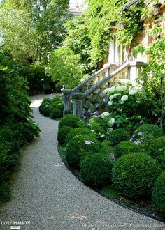 Création d'un jardin de charme, Xavier De Chirac - Côté Maison  #CurbAppealContest @schlagelocks