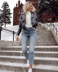 Classy And Trendy Winter Outfits You Need Now. 15 Trendy Autumn Street Style Outfits For This Year - fall outfits Winter Outfits For Teen Girls, Spring Outfits, Autumn Outfits, Cold Spring Outfit, Trendy Winter Outfits, Cold Weather Outfits Casual, New York Winter Outfit, Winter Outfits Tumblr, Comfy Fall Outfits