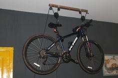 f5ab7b38a Suporte de teto para bike com roldanas