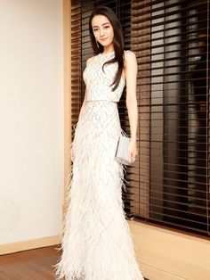 Dilraba Dilmurat (Dili Reba) 迪丽热巴 (Chinese actress of Uyghur descent).