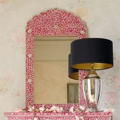 Lilly Mother of Pearl Mirror in Pink