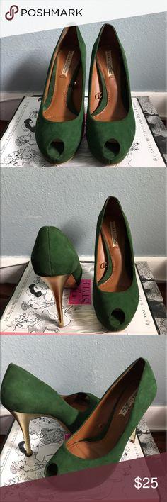 Zara peep toe heels Zara peep toe suede shoes with gold heel. Zara Shoes Heels