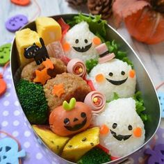 ハロウィンおばけちゃん弁当 Bento Box Lunch For Kids, Cute Lunch Boxes, Japanese Snacks, Japanese Food, Kawaii Cooking, Bento Recipes, Bento Ideas, Kawaii Bento, Food Garnishes