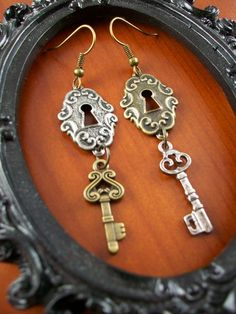 Steampunk Lock and Key Earrings  | SGalindoDesign - Jewelry on ArtFire