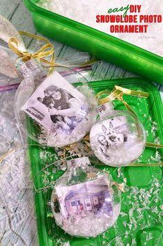 Homemade Snowglobe Photo Ornament | Heartwarming DIY Photo Ornaments To Craft For Christmas