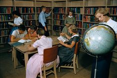 News Photo : High School Students Studying in Library 1950s Teenagers, Life In The 1950s, Student Studying, High School Students, Stock Photos, Pictures, News, College Guys, Drawings