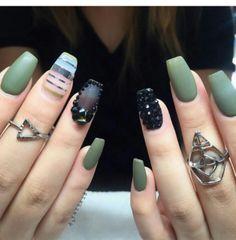 6fd96eb30c3481ed85fc923bc9fa782b--matte-nails-nude-nails.jpg (236×240)