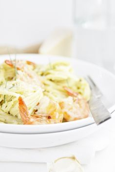 Creamy Avocado and Shrimp Pasta