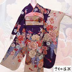 Japanese Costume, Kimono Fashion, Dress Outfits, Dresses, Aesthetic Clothes, Kimono Top, Female Clothing, Costumes, Clothes For Women