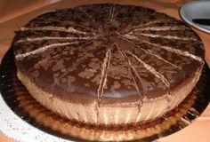 Nadýchané těsto ze zakysané smetany, fenomenální krém z kvalitní čokolády s pomerančem a fantastická čokoládová poleva.