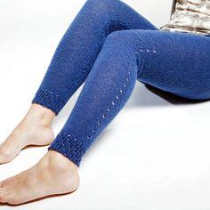 neulomatta High Socks, Heeled Mules, Slippers, Skinny Jeans, Leggings, Crochet, Heels, Pants, Knitting Ideas