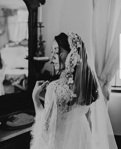 Wedding Photography Poses, Wedding Poses, Wedding Bride, Lace Wedding, Wedding Ideas, Wedding Fun, Wedding Pictures, Wedding Bells, Cathedral Wedding Veils