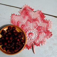 Háčkovaný list - růžový Serving Bowls, Bowls
